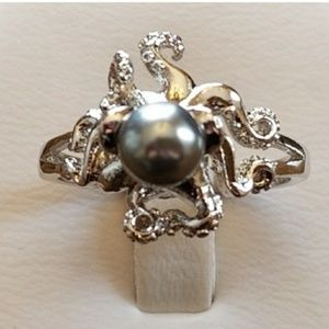Jewelry - 2mm Gray Pacific Pearl Octopus Ring sz 6 & 8